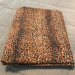 Leopard print Queen Flat Sheet